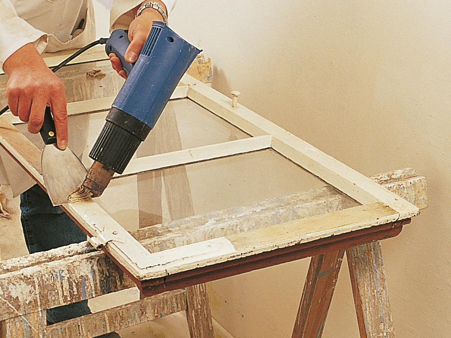 Comment enlever une peinture avec un décapant thermique ?