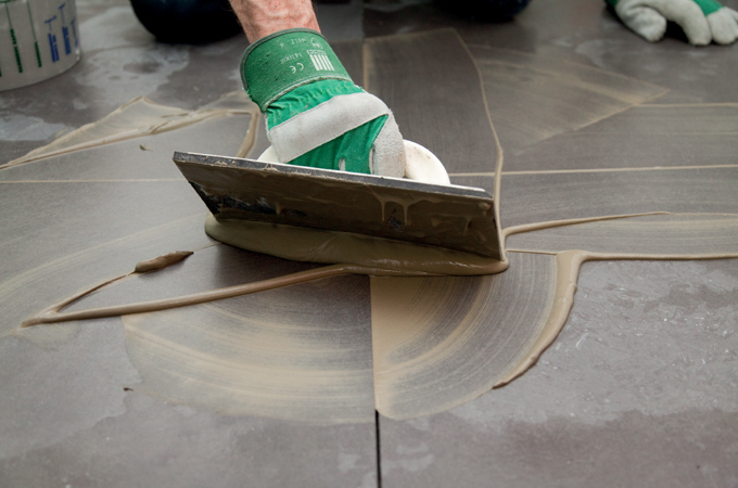 Comment faire des joints de carrelage ?
