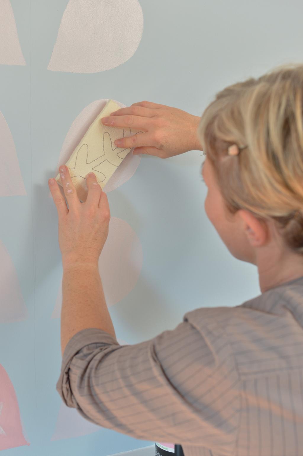 Réaliser un pochoir sur un mur