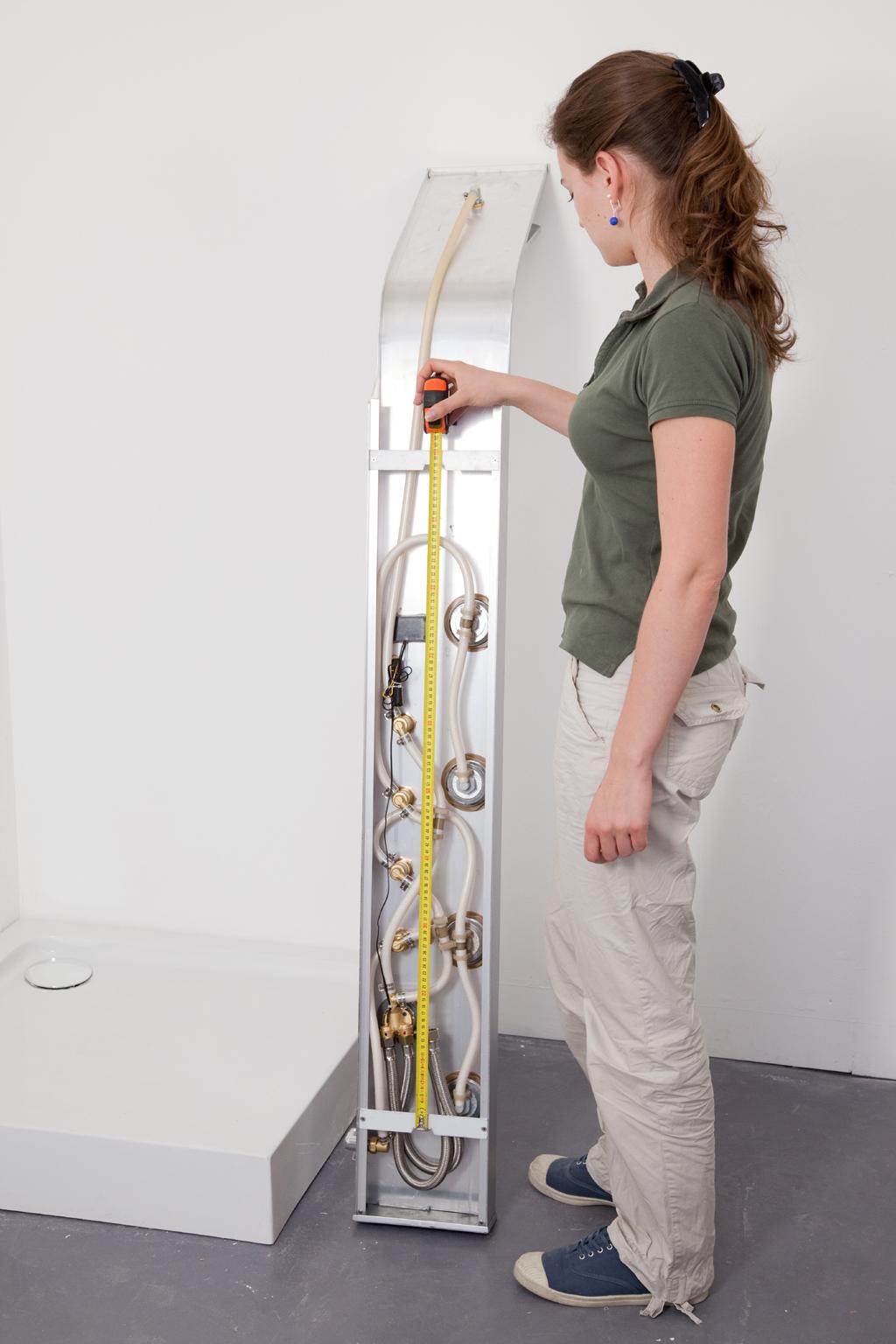 Comment fixer une colonne de douche beautiful affordable colonne de douche auralum colonne de - Comment fixer une colonne de douche ...
