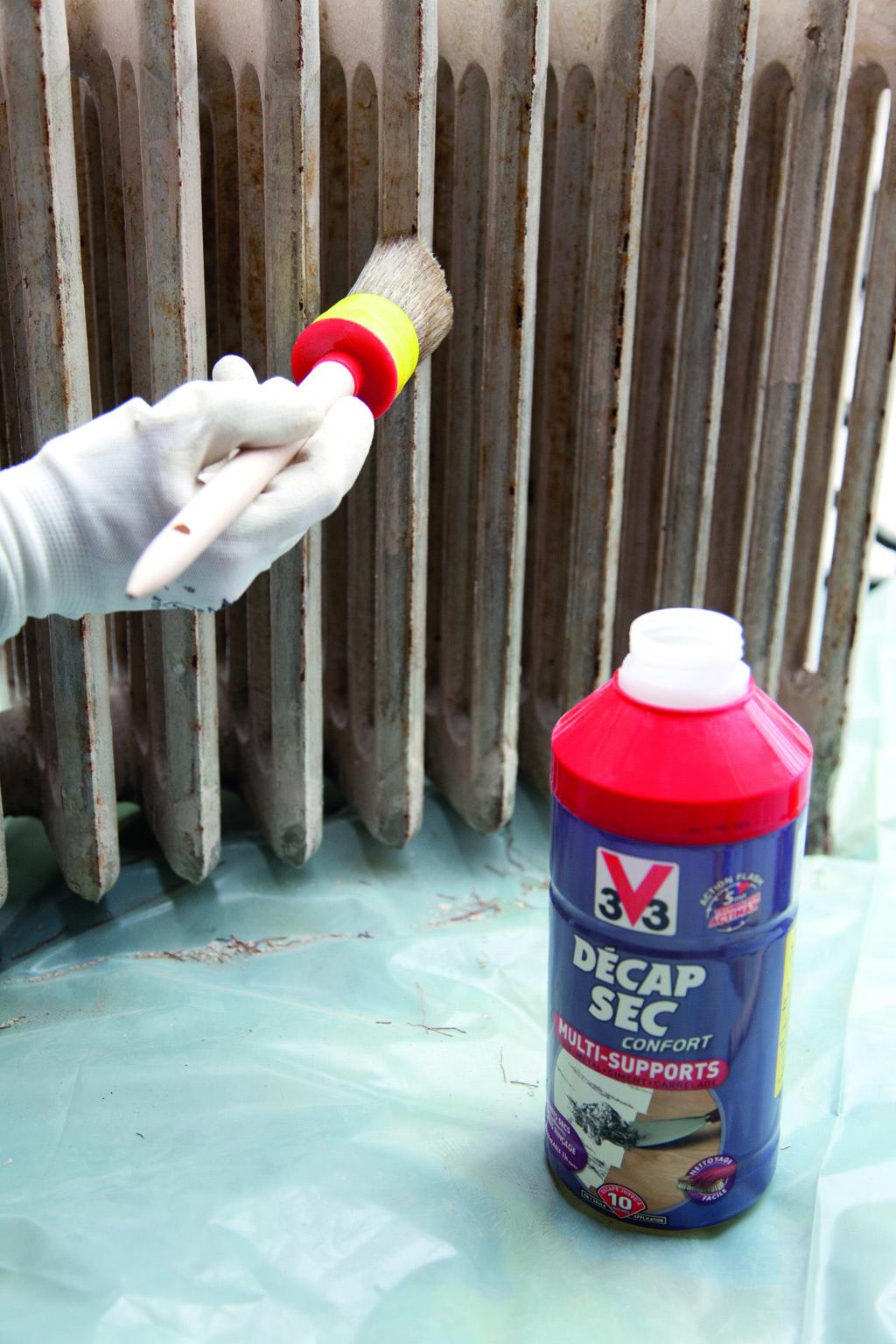 Décaper un radiateur avec un décapant chimique