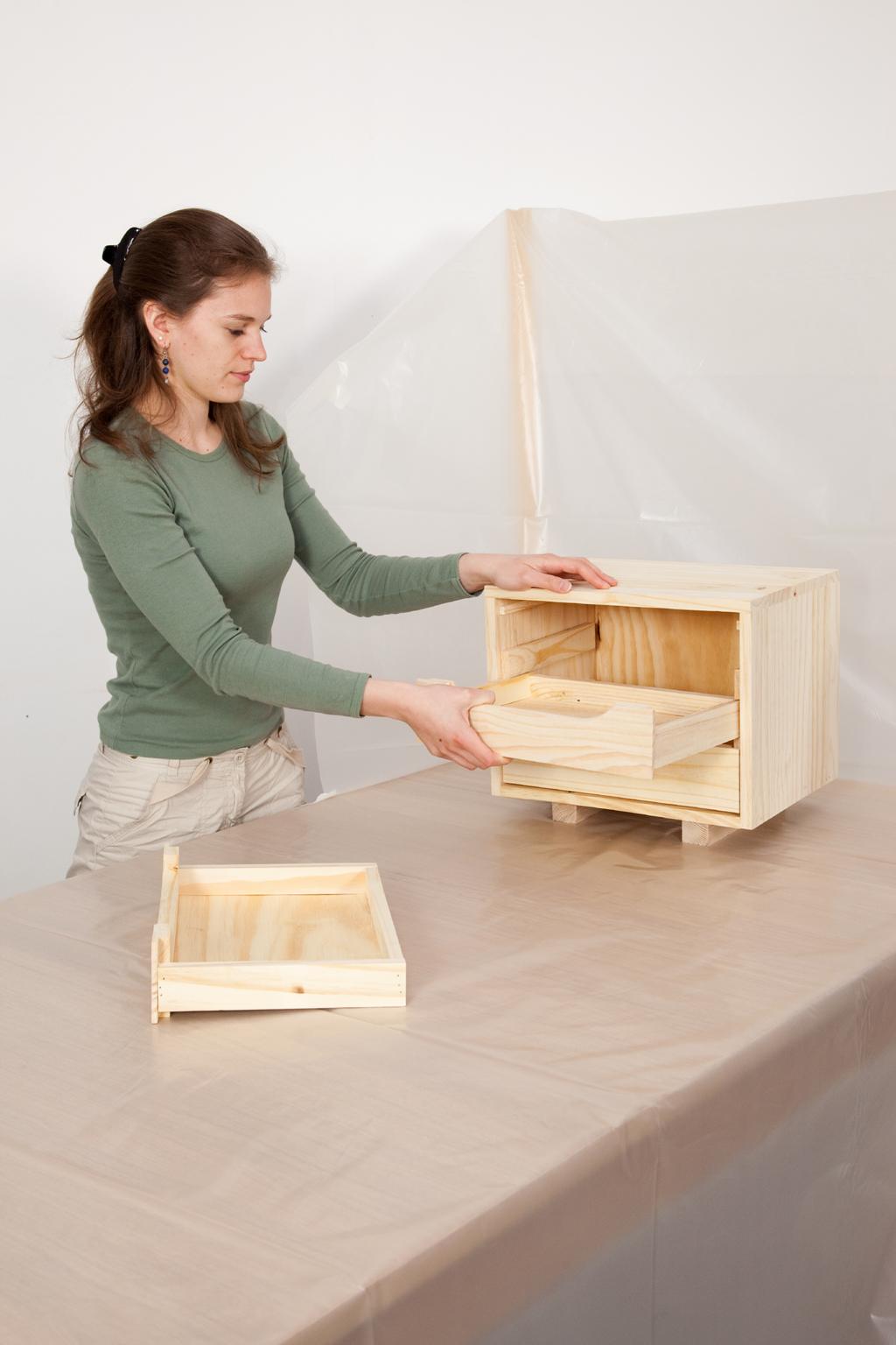 Peindre un meuble la bombe diy family - Peindre meuble bombe ...