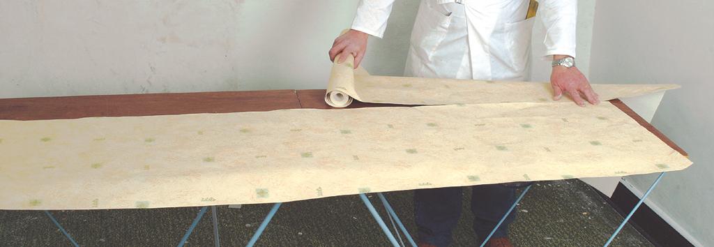 Poser du papier peint à raccord sauté