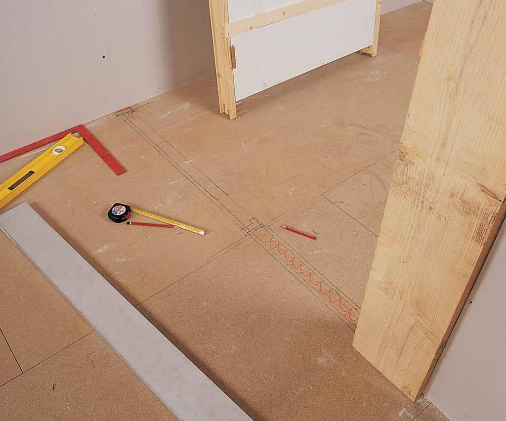 Comment monter un bloc porte 14 premier d233cembre - Placer une porte en kit ...