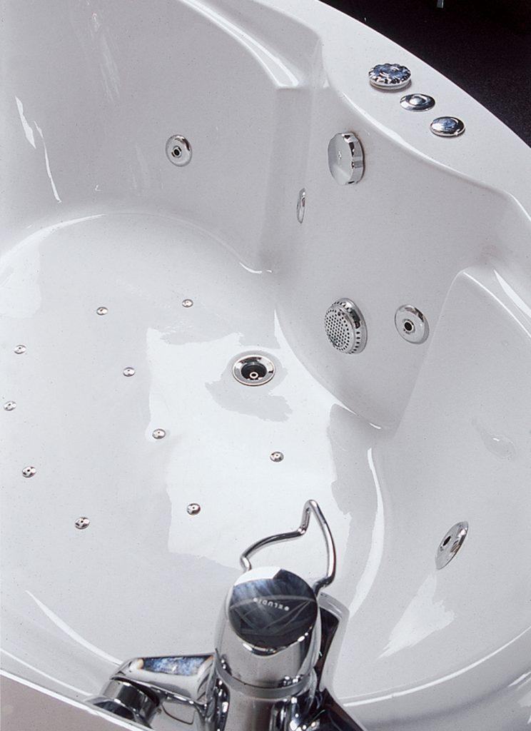 Toutes nos infos sur la baignoire balnéo