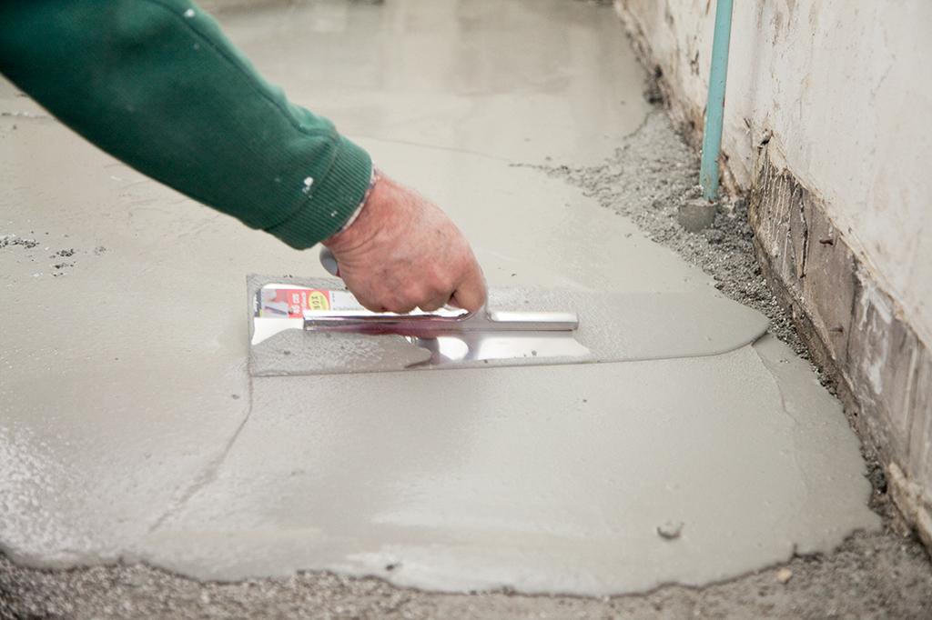Douche à l'italienne : préparer la surface