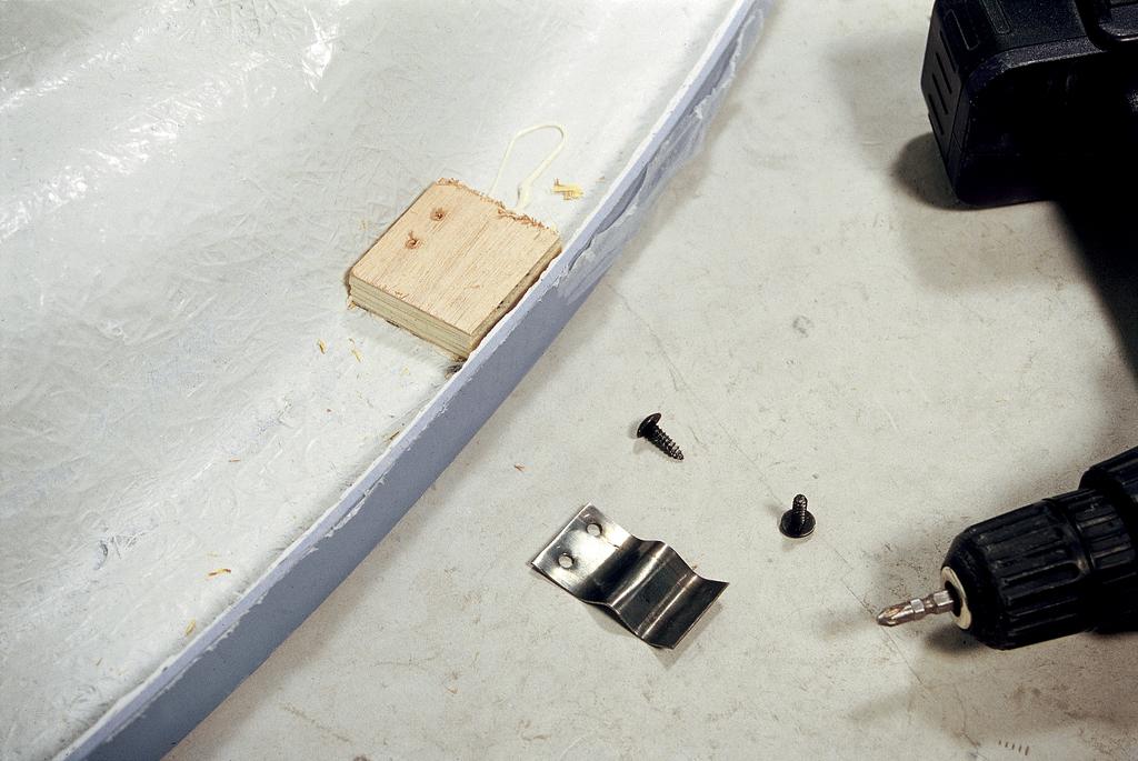 Installer une baignoire d 39 angle avec un tablier int gr for Pose d une baignoire d angle