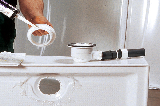 Douche intégrée : monter la bonde du receveur