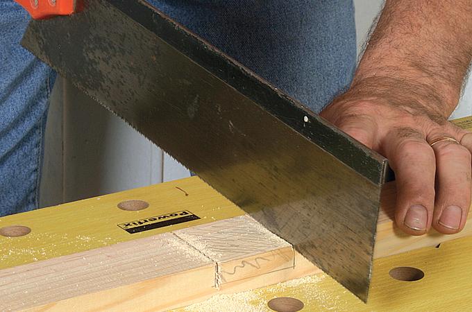 Réaliser une entaille au ciseau de bois
