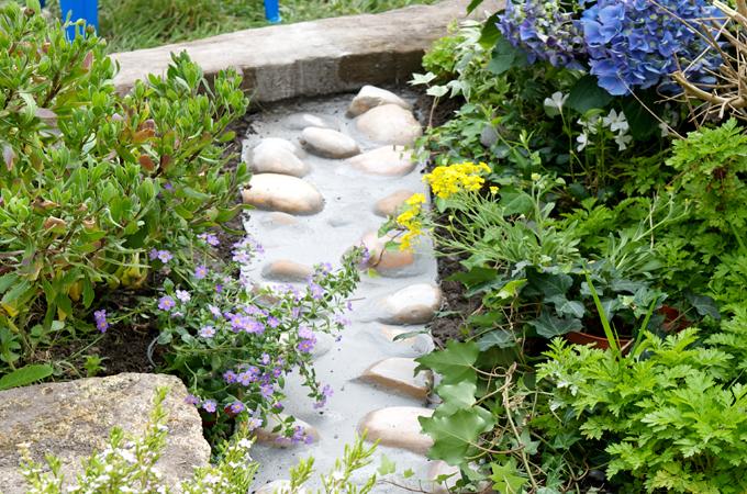 Créer un chemin de pierre