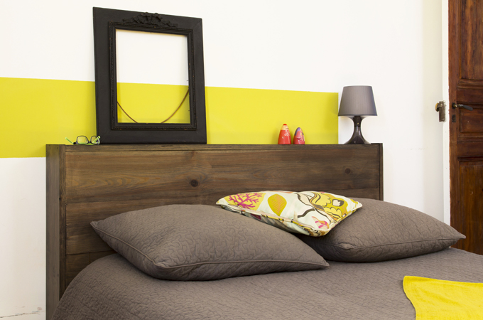 cr er une t te de lit avec du lambris diy family. Black Bedroom Furniture Sets. Home Design Ideas