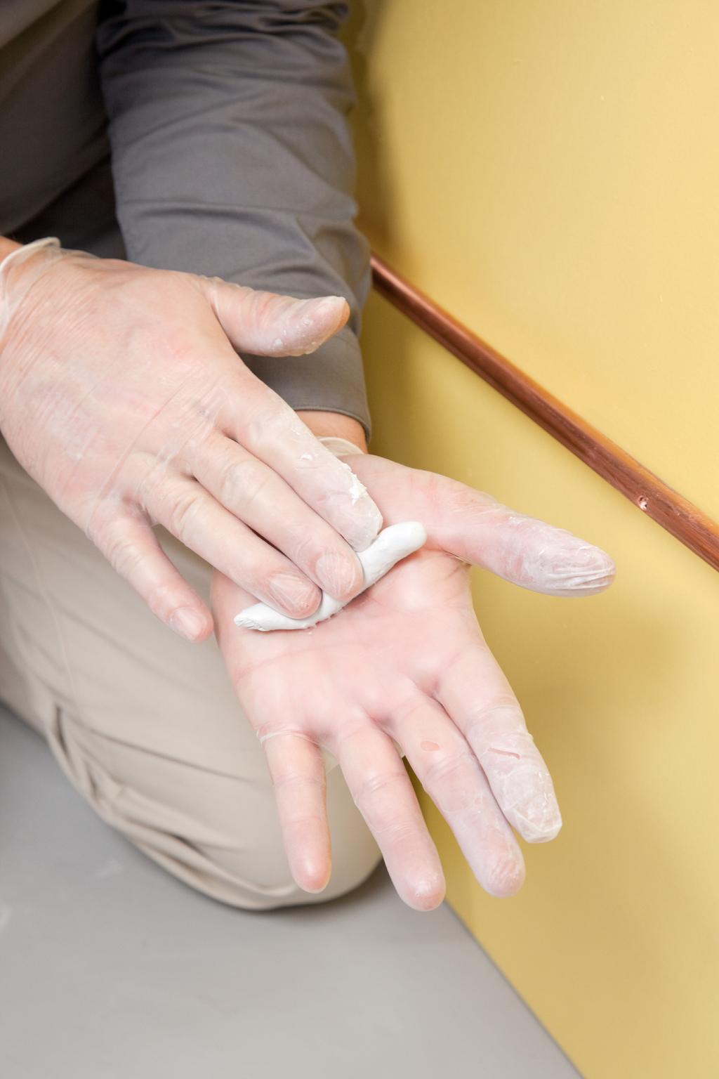 Comment utiliser de la pate a reparer