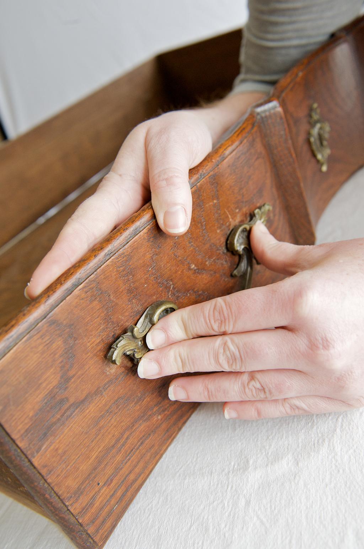 Reparer des charnieres et des chevilles