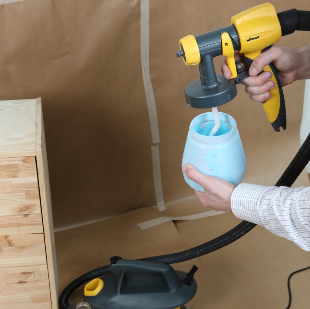pistolet peinture batiment ensemble pistolet peinture wagner 180p et kit traitement du bois. Black Bedroom Furniture Sets. Home Design Ideas