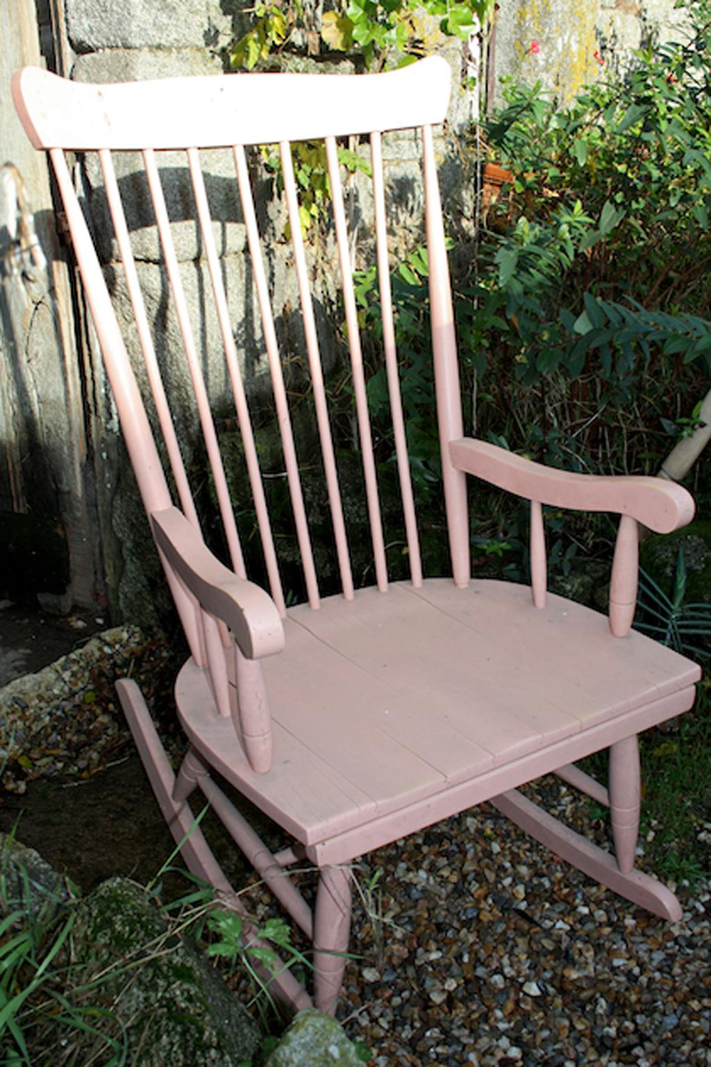 r nover un rocking chair diy family. Black Bedroom Furniture Sets. Home Design Ideas