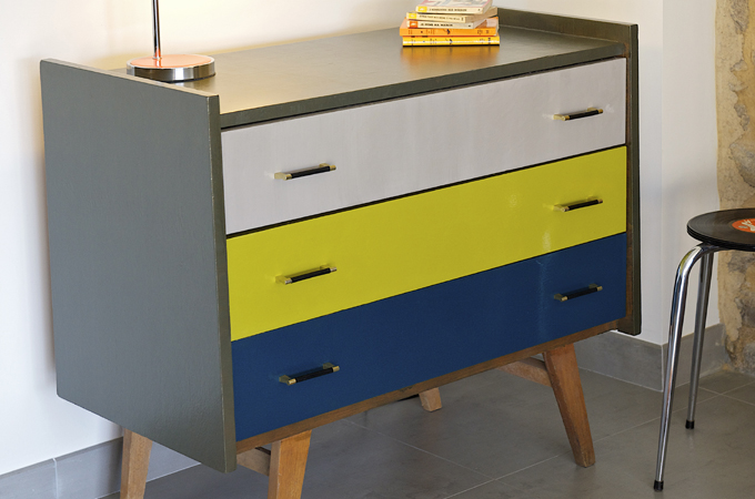 Renover une commode relooker une commode redonnez un - Renover une commode ...