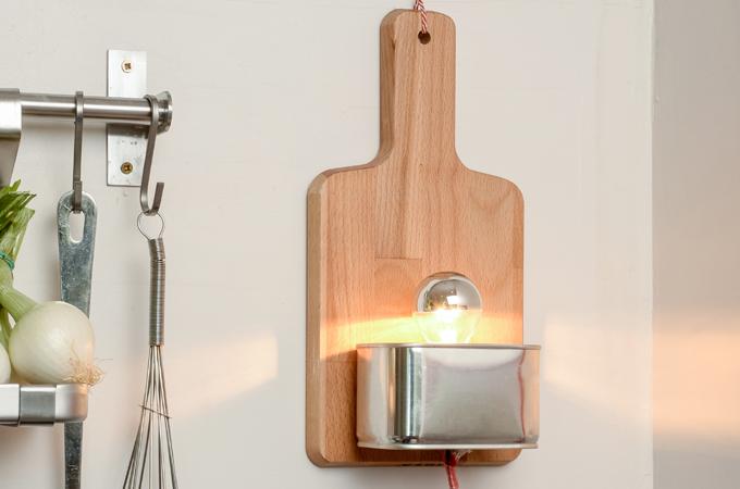 Fabriquer une lampe avec une planche à découper