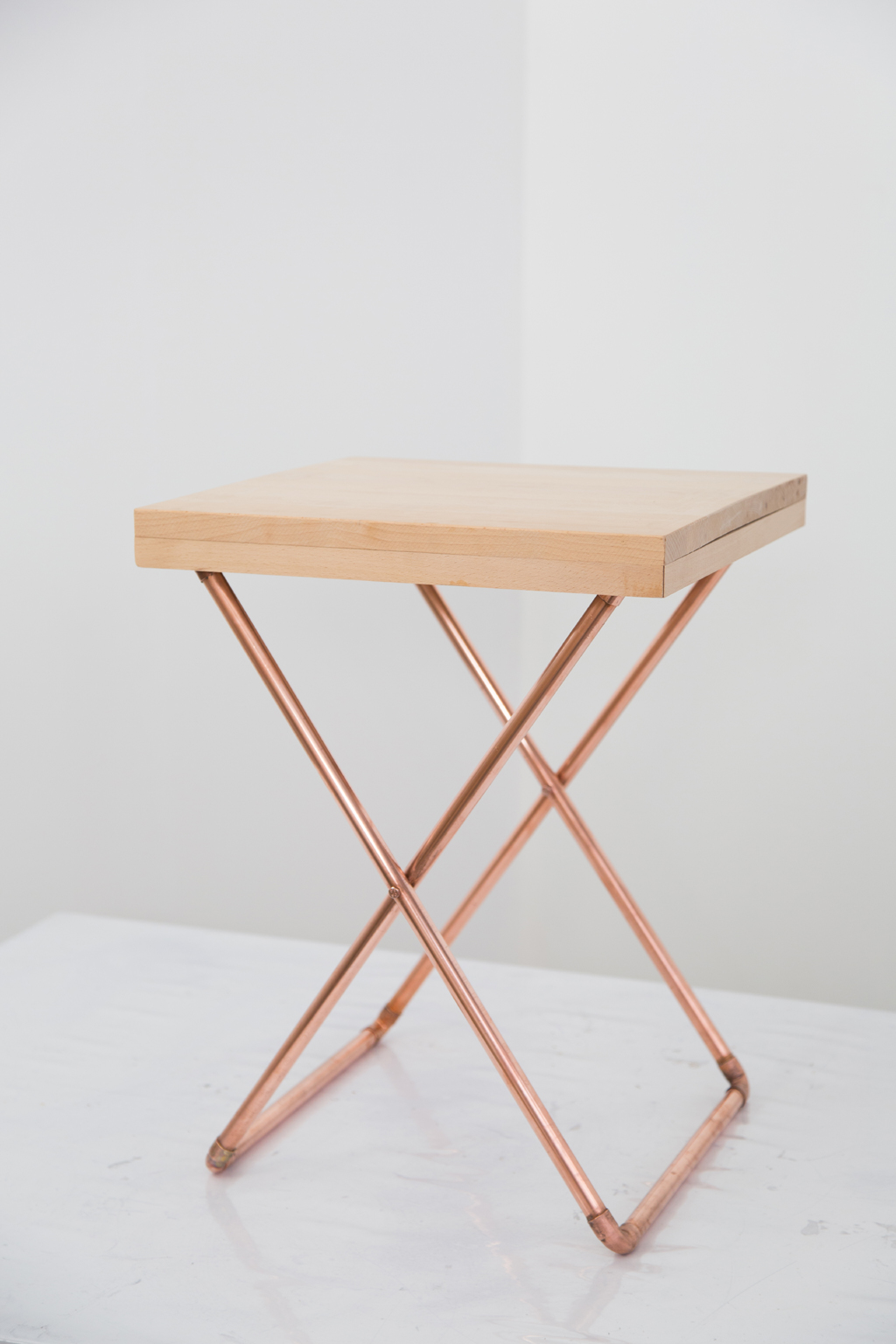 Creer une table d'appoint Cross