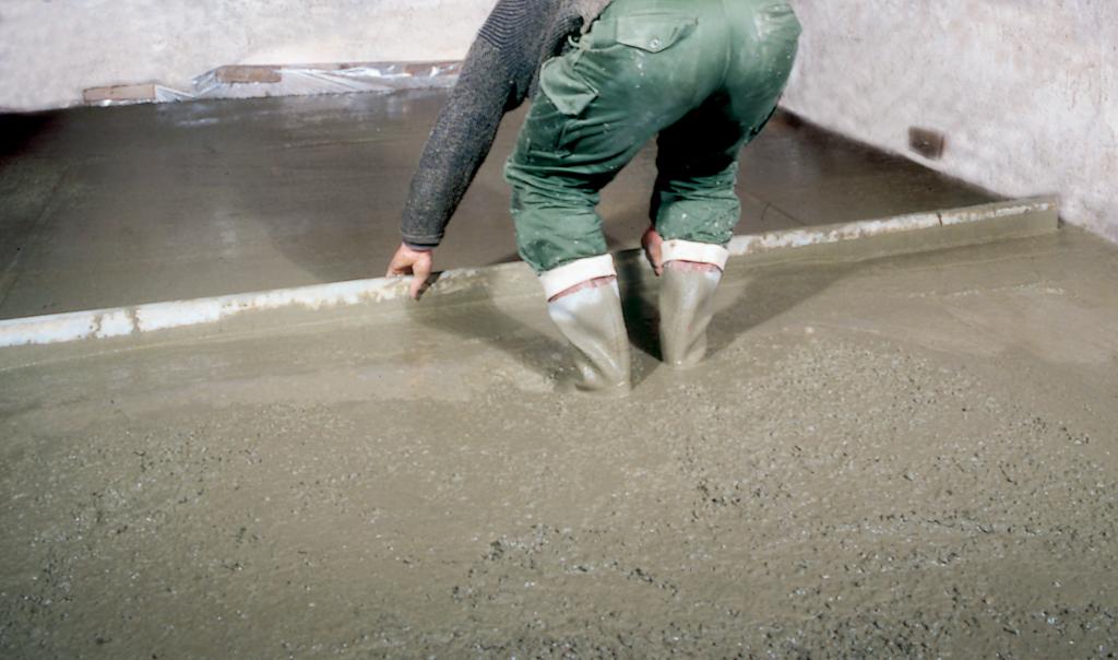 Couler une dalle sur un sol naturel diy family - Couler une dalle beton ...