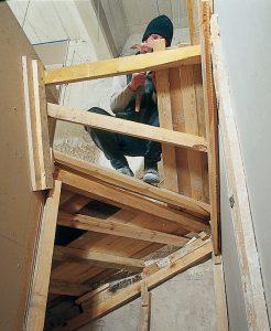 Construire un escalier en beton entre deux murs