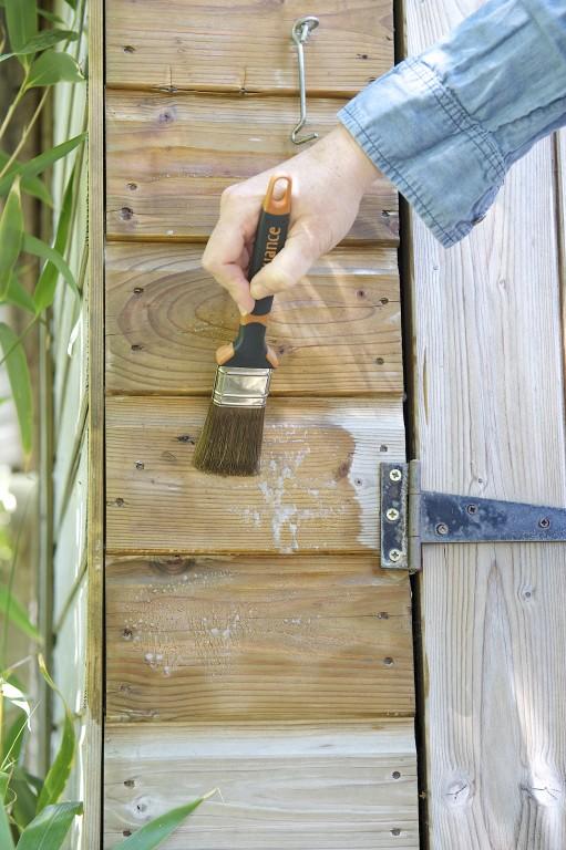 Restaurer une cabane de jardin