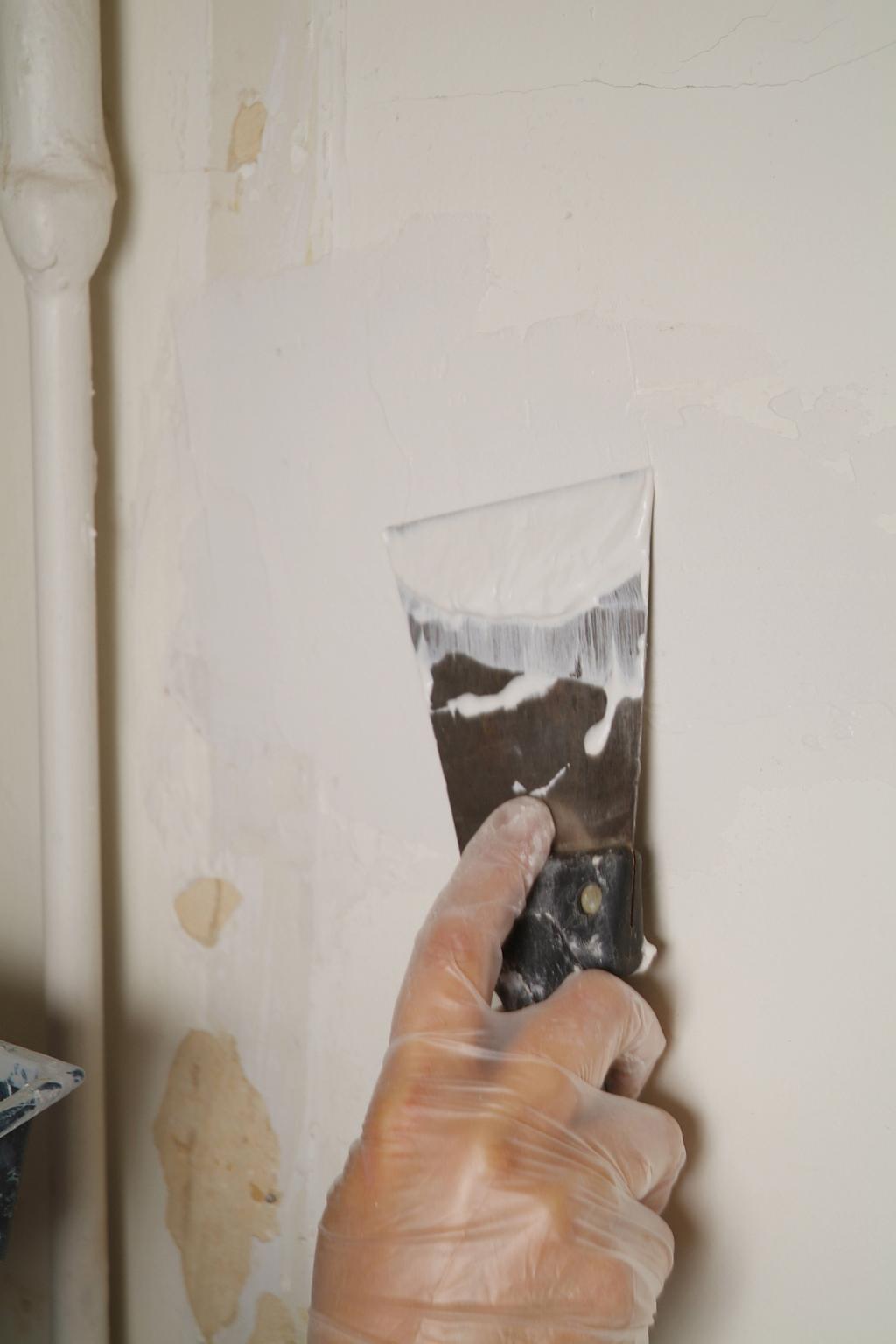 Réparer une fissure murale