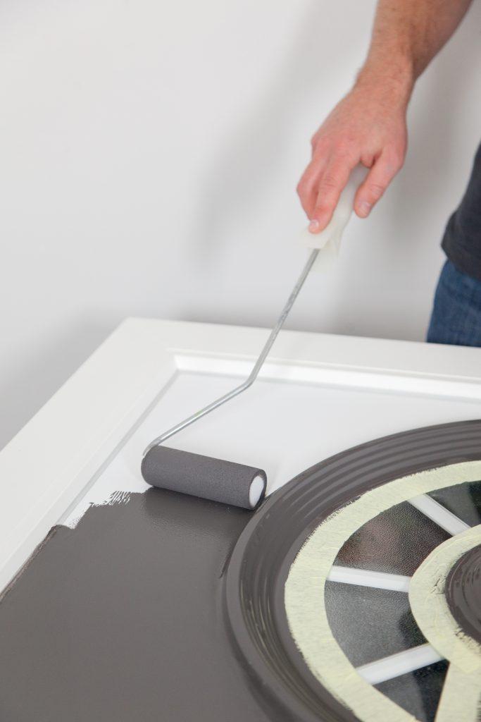 Repeindre une porte d'entrée en PVC Etape 10