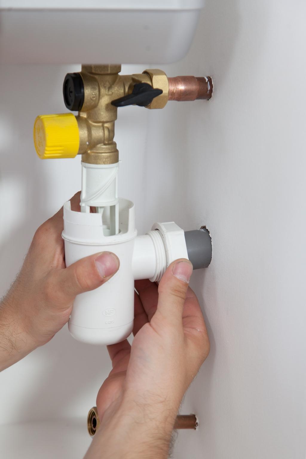 Comment poser un chauffe eau - Étape 19