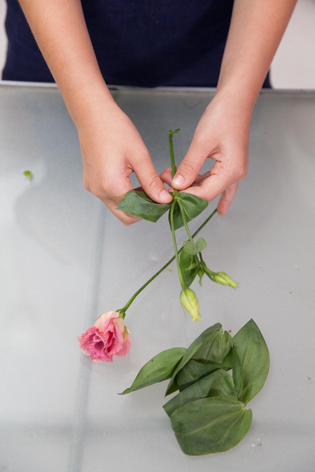 Composition florale pour la fête des mères - Etape 5