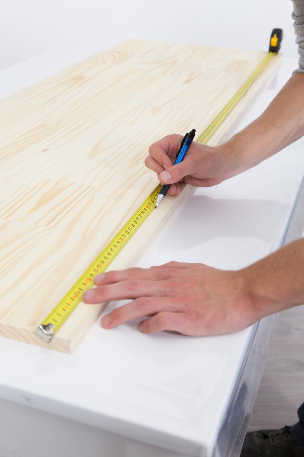 Créer une table de chevet - Étape 1