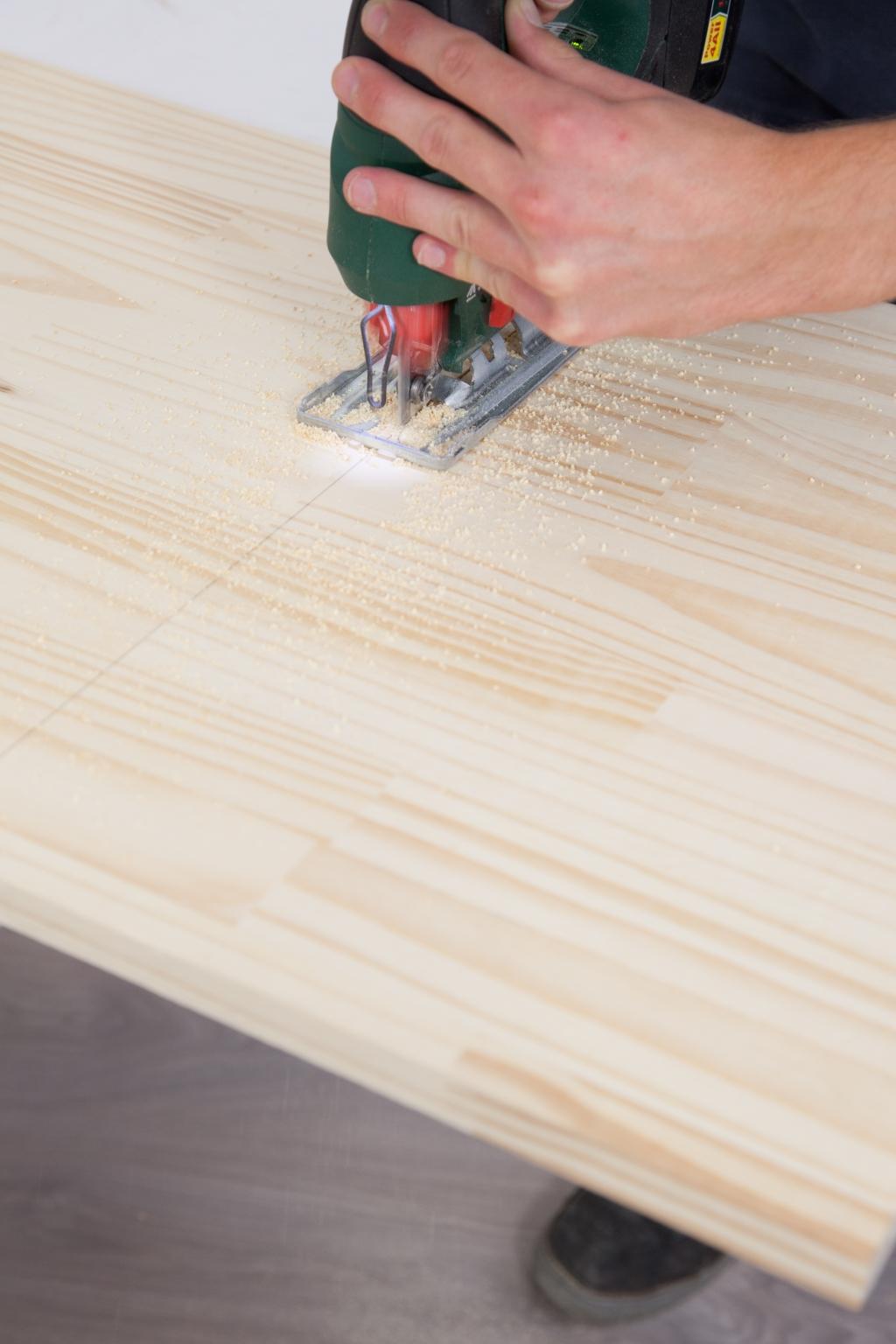 Créer une table de chevet - Étape 2