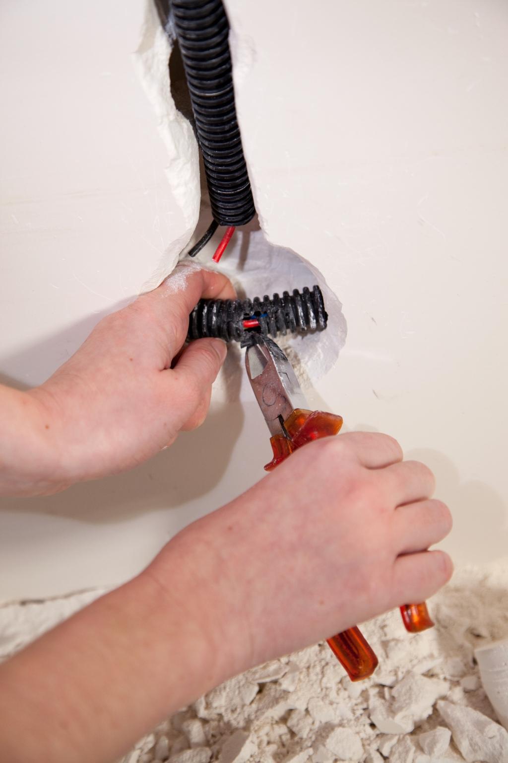 Installer un interrupteur encastré - Étape 14