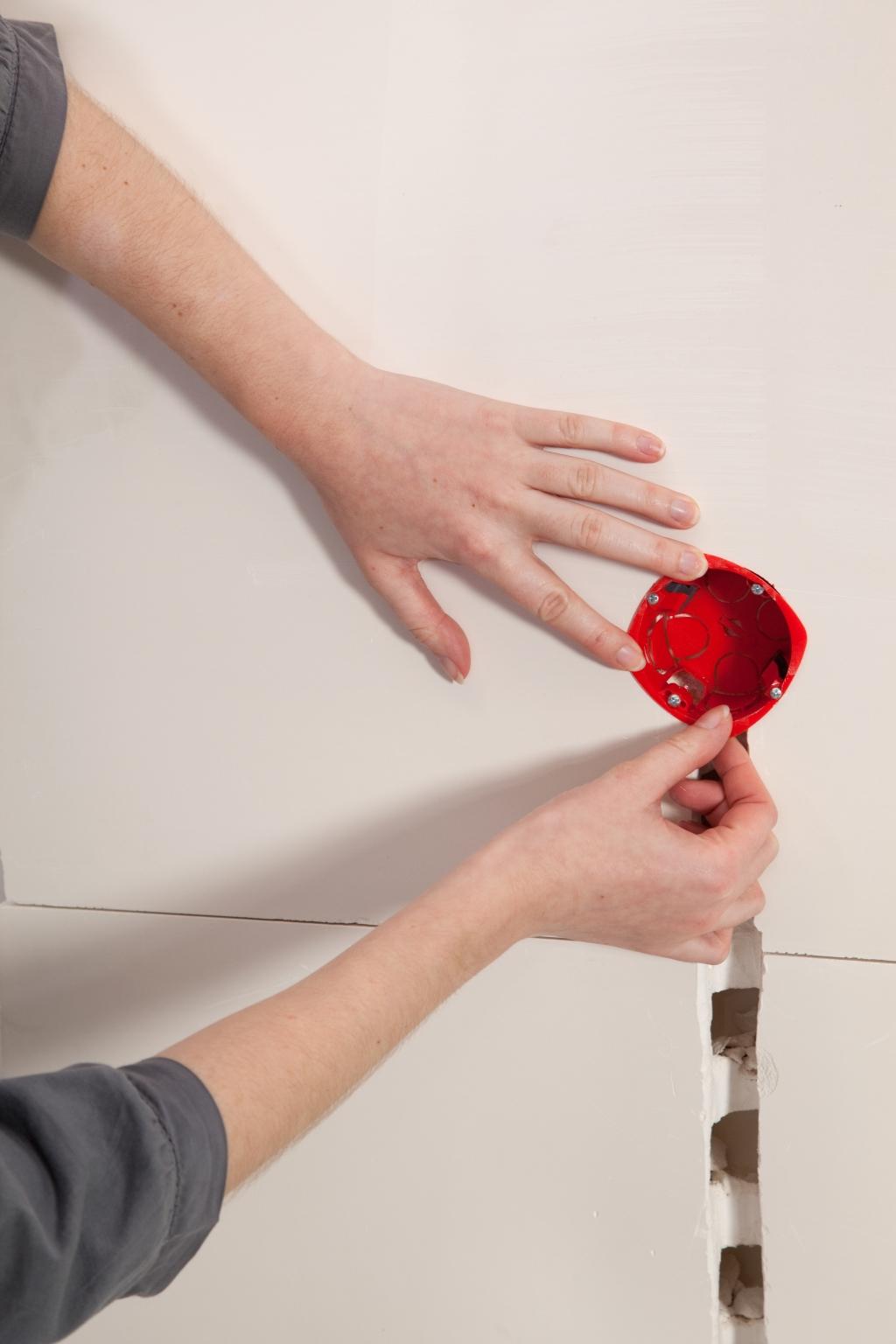 Installer un interrupteur encastré - Étape 8