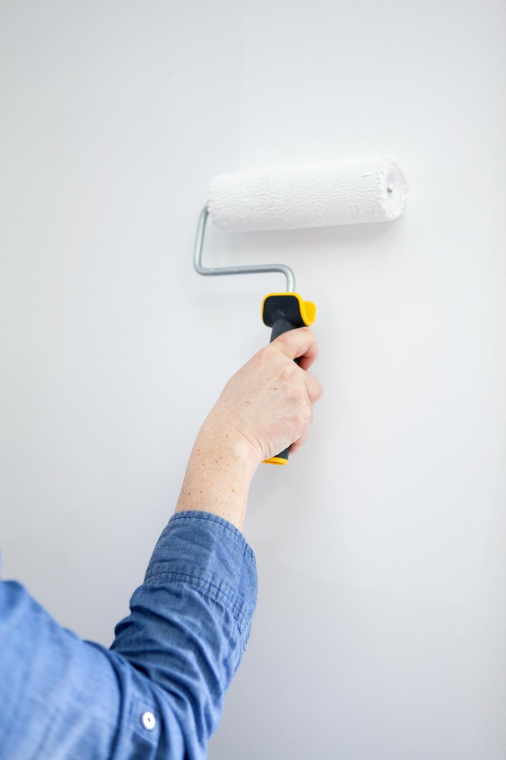 Peindre des murs avec de la peinture anti bruit - Étape 4