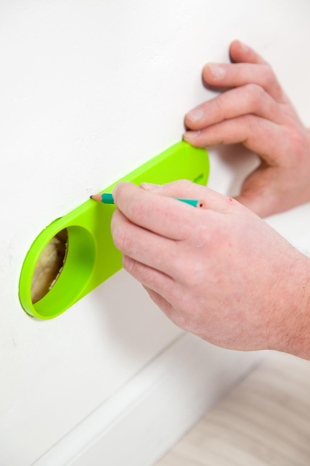 Installer un boîtrier de prise étanche à l'air