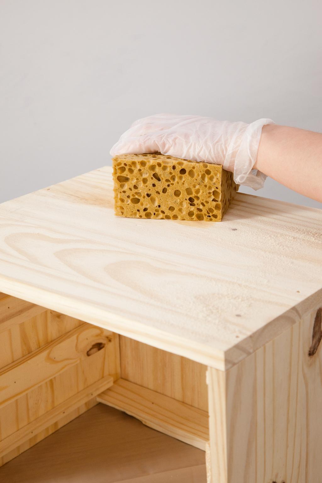 Céruser un meuble