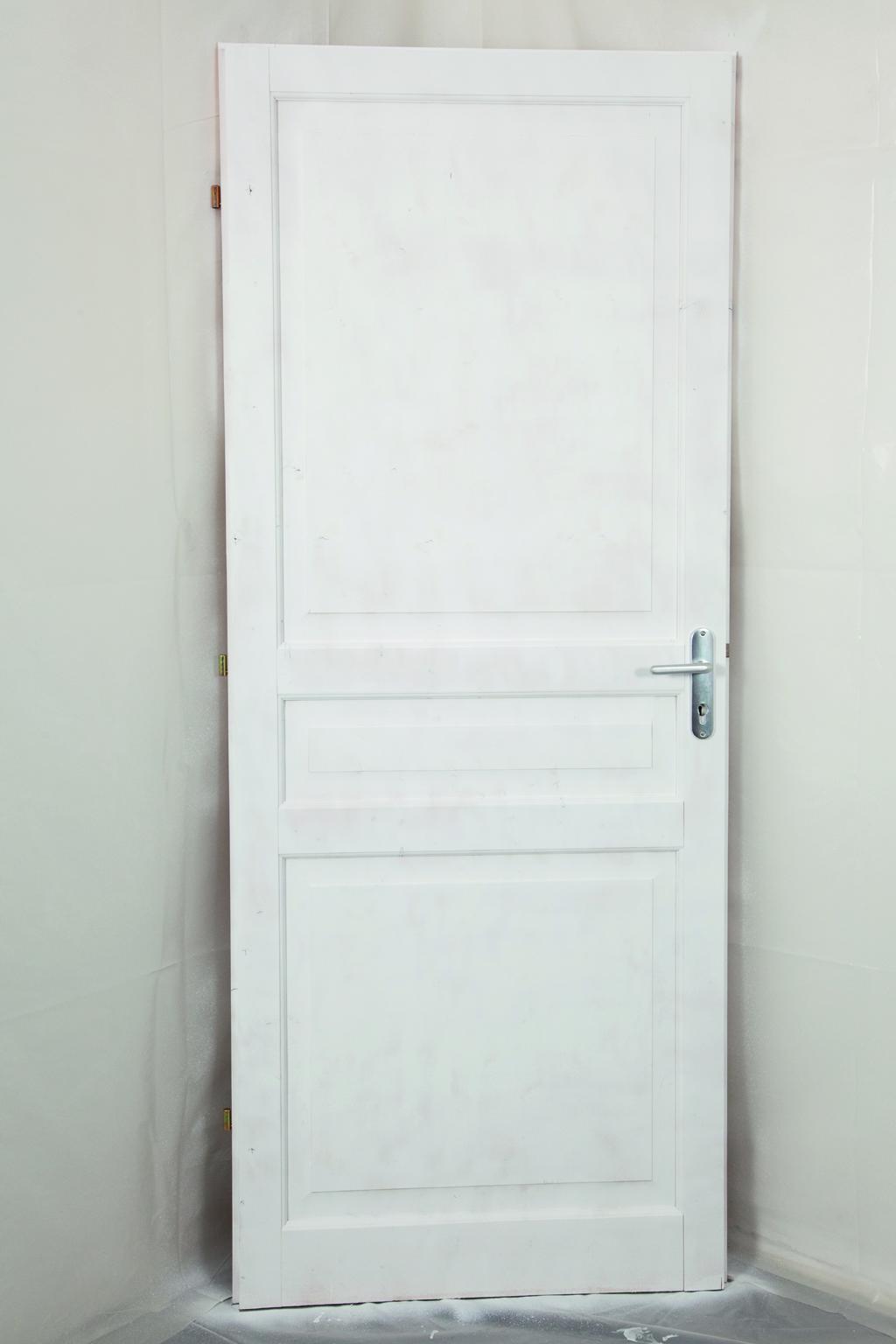 Comment peindre une porte au pistolet ?