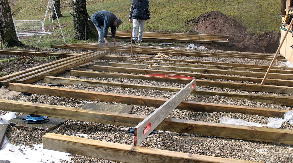 Terrasse en bois : plots, mode d'emploi