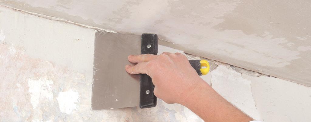 Enduire un mur avant de poser du papier peint