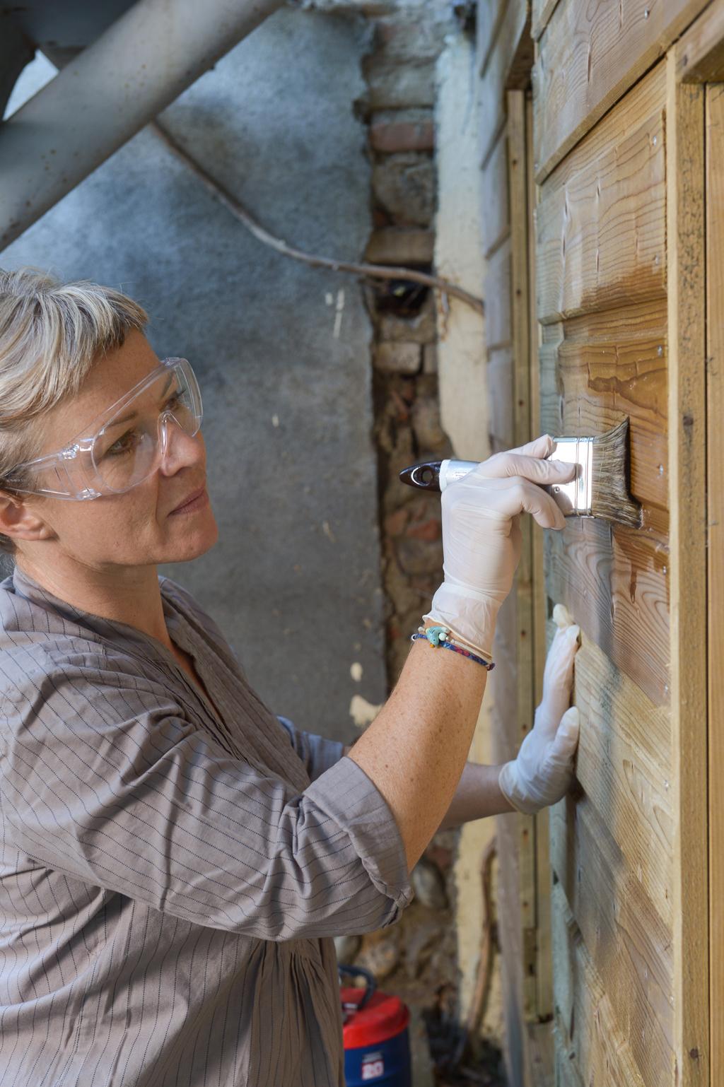 Rénover un bardage en bois abîmé