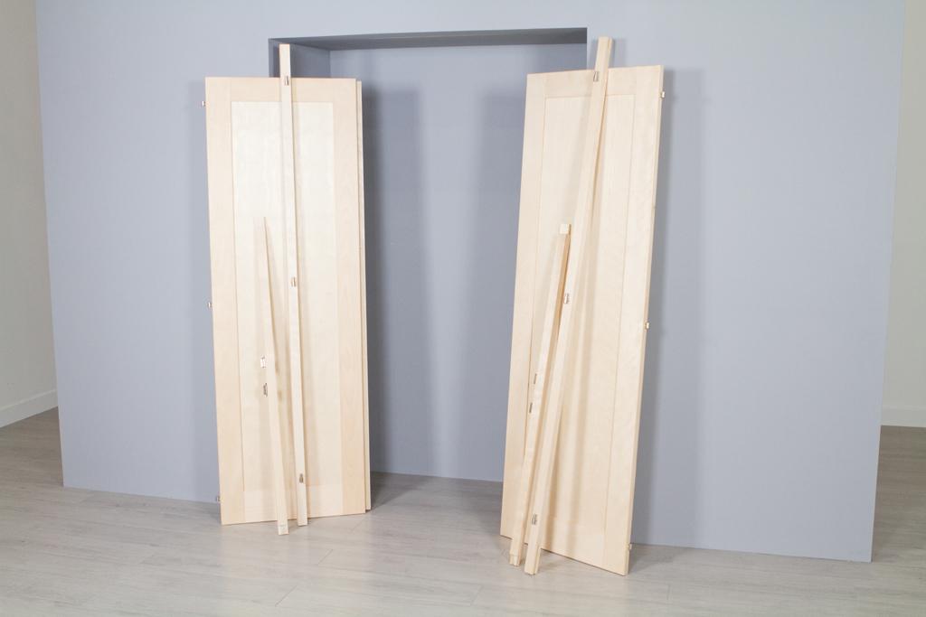 Poser des portes de placard battantes diy family - Fabriquer une porte de placard ...