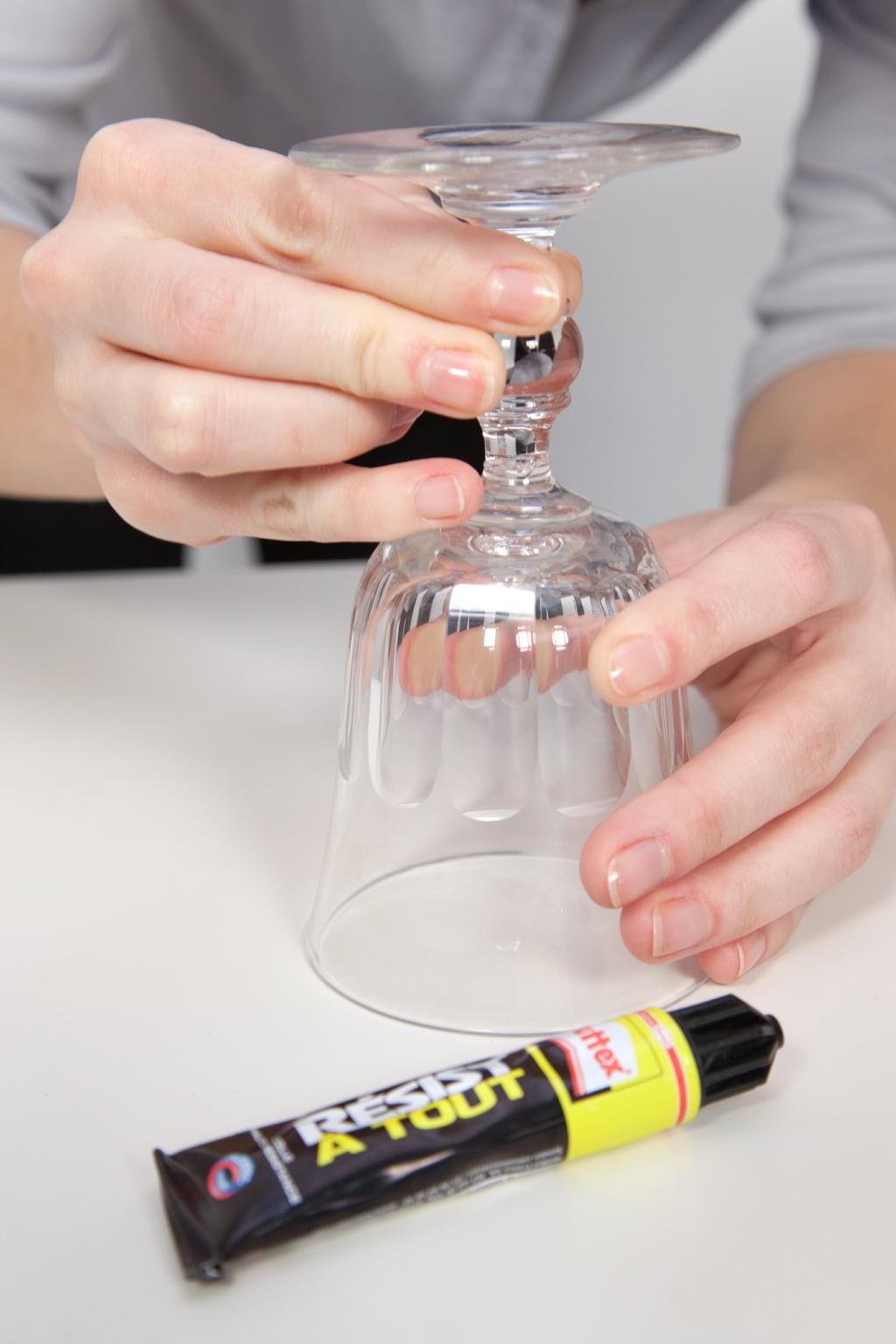 Reparer un verre à pied casse