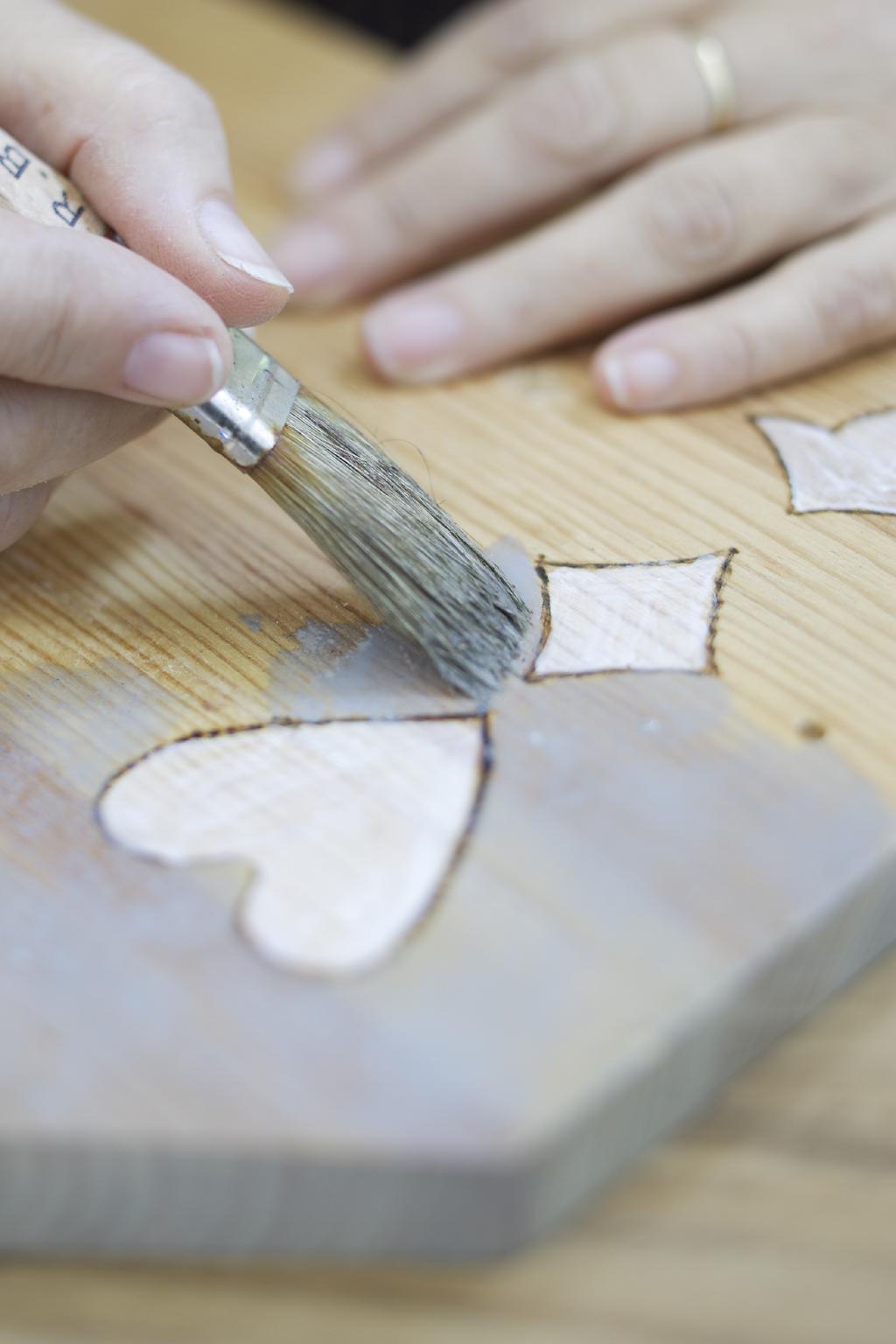 Transformer une planche en patère