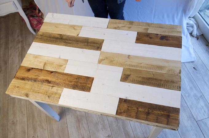 Renover une table en bois