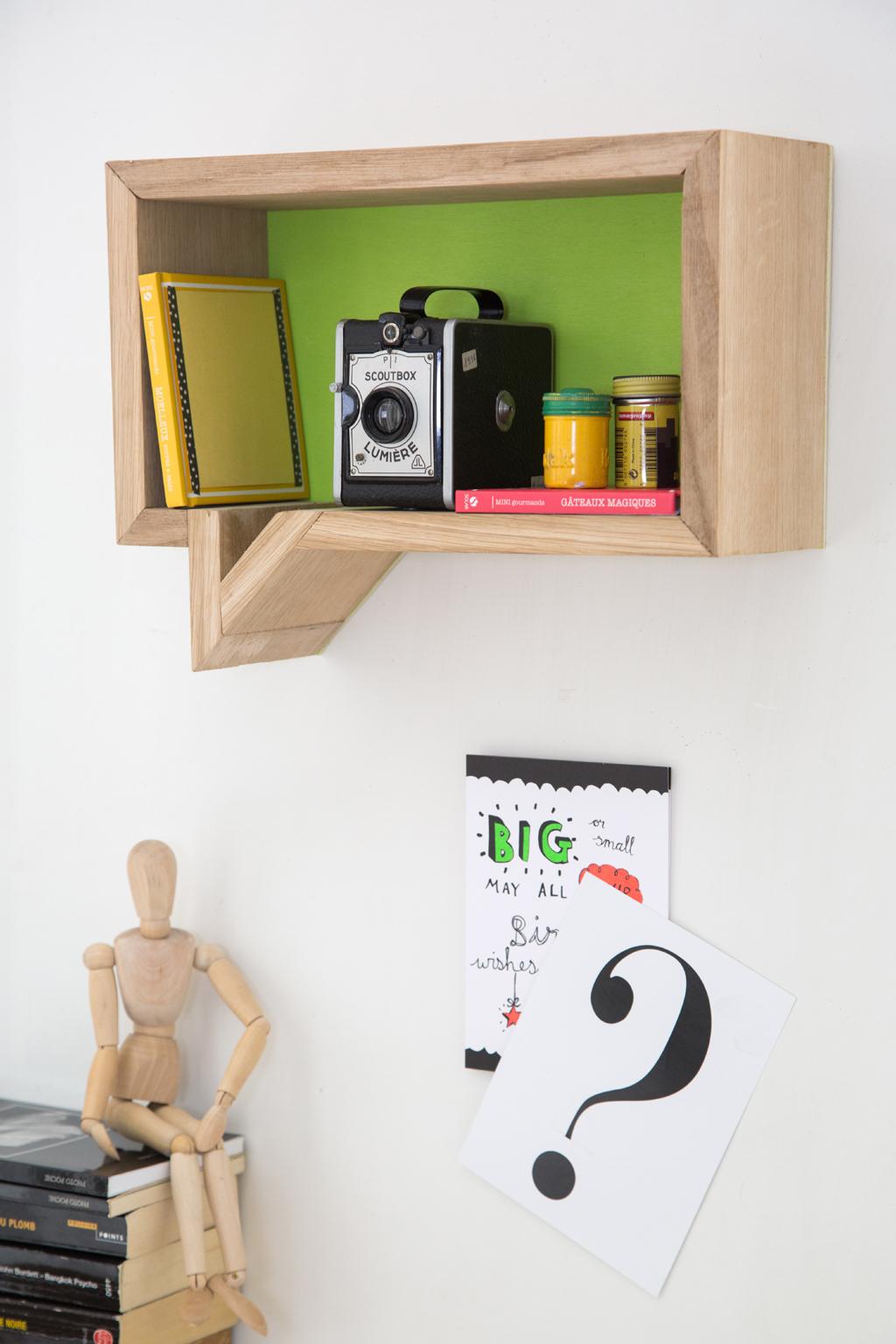 fabriquer une tag re bulle diy family. Black Bedroom Furniture Sets. Home Design Ideas