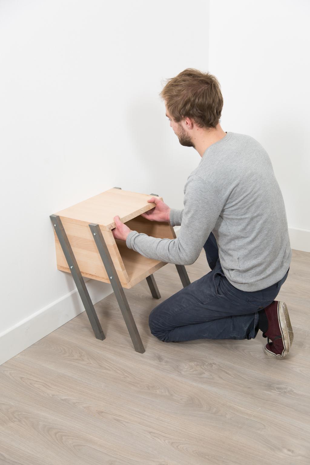 Creer une table de nuit Mur Mur
