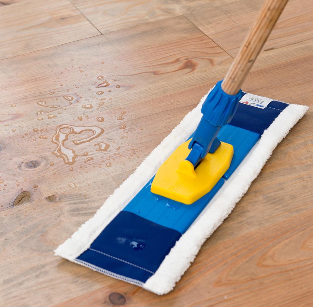 Nettoyer et entretenir un parquet