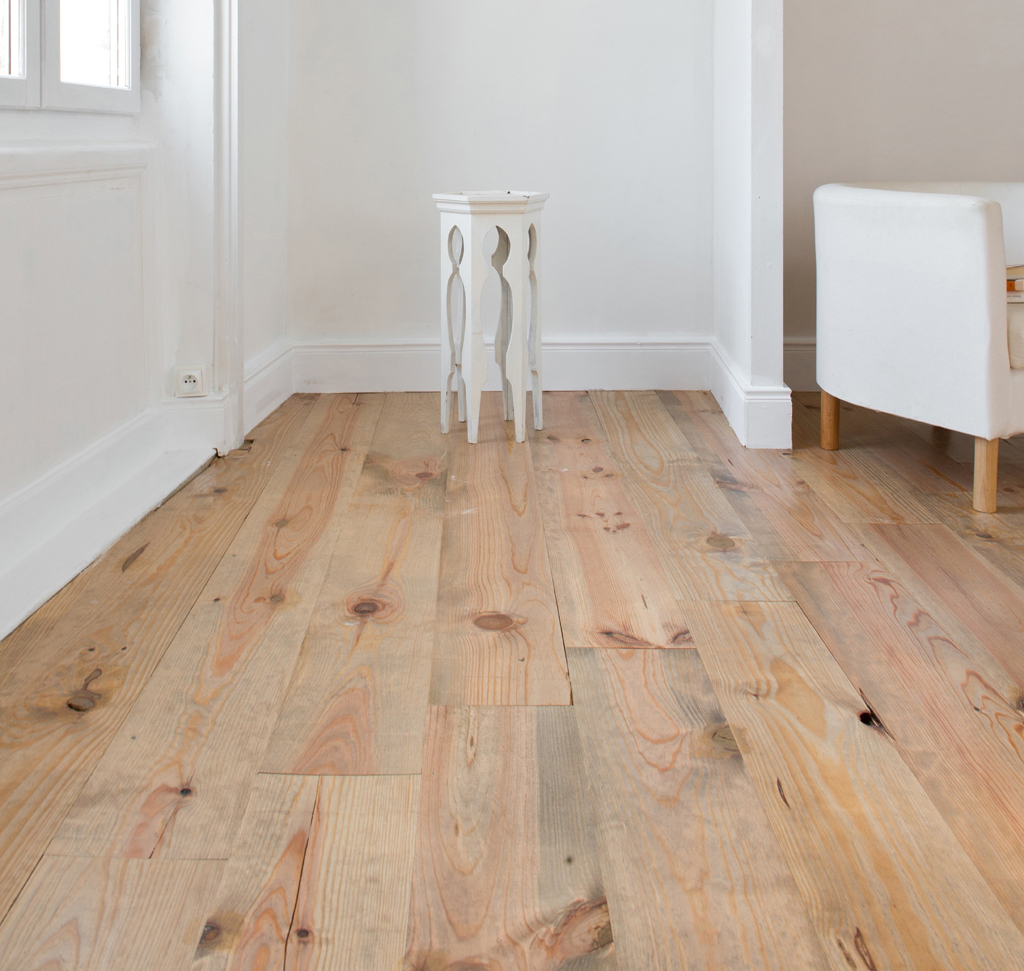 Nettoyer et entretenir un parquet diy family for Polish renovateur parquet vitrifie